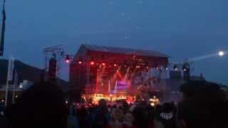 Amazing DRONE murmuration show! Phase7 at Festspillene i Bergen 2013