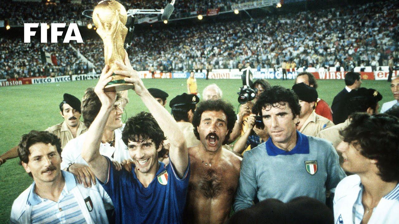 Une histoire de Coupe du Monde : Paolo Rossi - FIFA.com