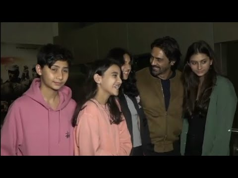 ARJUN RAMPAL SNAPPED WITH HIS KIDS AT PALTAN MOVIE PREMIERE from YouTube · Duration:  36 seconds