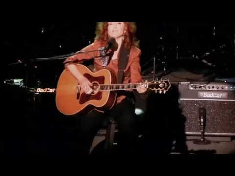 Love Me Like a Man - Bonnie Raitt - Terrace Theater - Long Beach CA - Feb 14, 2013