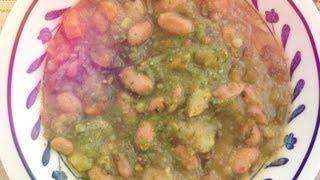 ITALIA. Вегетарианский овощной суп Минестроне. Итальянская кухня. Vegan vegetable soup.
