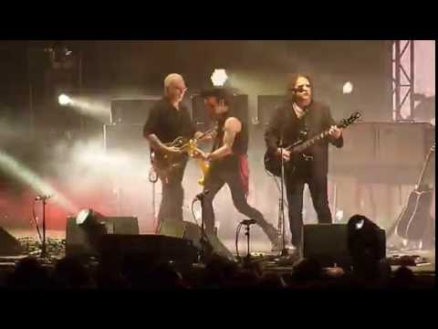 The Cure - One Hundred Years - Live - Sportpaleis Antwerpen 12 NOV 2016