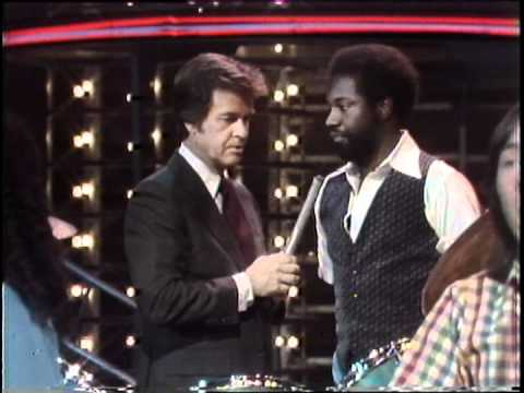 Dick Clark Interviews Twennynine - American Bandstand 1980