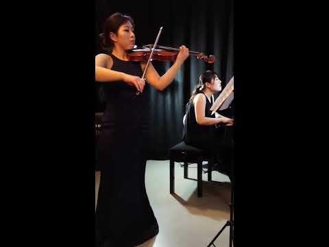 Mun Jeong Kim violinist and Kumi Matsuo pianist