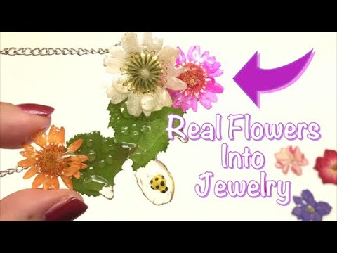 Real flowers into jewelry- Sophie & Toffee pressed flowers- resin- tutorial