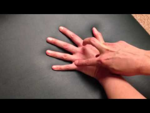 Acupressure Points for Low Back Pain - YouTube