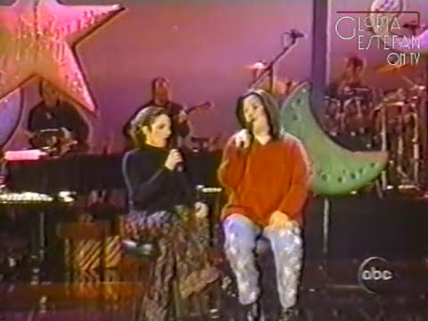 Gloria Estefan & Rosie O'Donnell - Gonna Eat For Christmas (A Rosie Christmas Special 1999)