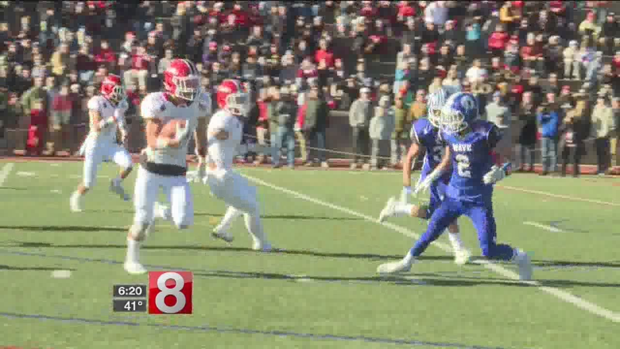 New Canaan Earns Playoff Spot With Win Over Rival Darien Youtube