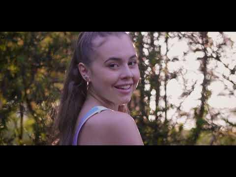 Giorgia Boni - Vieni qui, dai (Official Video)