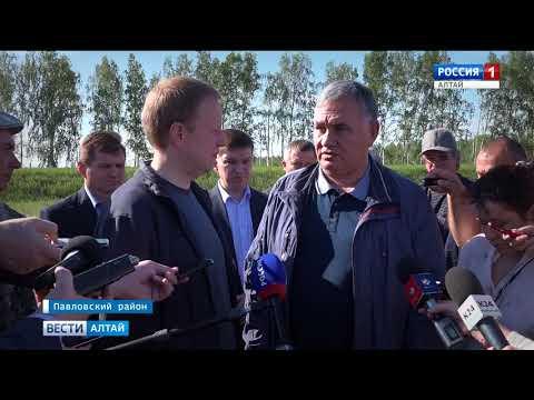 Врио губернатора Алтайского края Виктор Томенко посетил хозяйство Павловского района