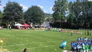 cérémonie d'ouverture u13 sous un air de champions ligue.