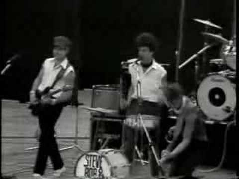 The Rainmakers - Big Fat Blonde - YouTube