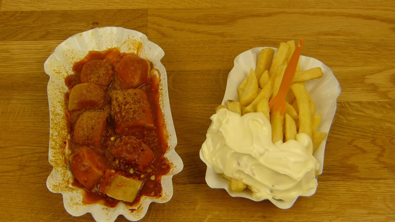 curry at the wall berliner currywurst fries mayo coke zero