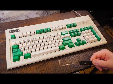 Unboxing (and customizing!) a New Unicomp Model M Keyboard