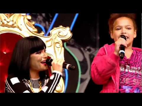 Jessie J - Price Tag (Live Glastonbury 2011).FLV
