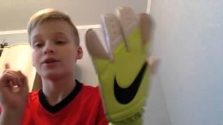Обзор на вратарские перчатки NIKE GK GRIP 3(, 2015-12-18T11:36:34.000Z)