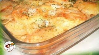Запеченная картошка с фаршем и кабачками. Невероятно вкусно.