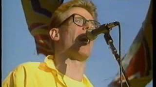 Proclaimers - Letter From America - Sports Aid, live