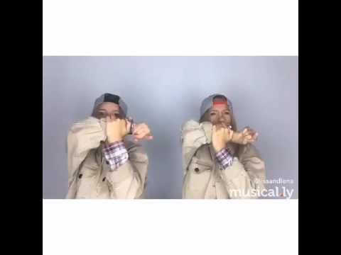 Lisa And Lena! 🎵Deja Vu (feat. Justin Bieber) Post Malone 🌸🌚