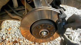 Changer et remplacer les plaquettes de frein avant sur Renault Laguna 2 ( tuto break pad change )
