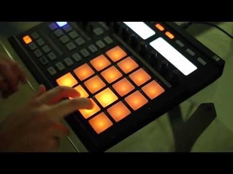 Bass Kleph: Make Me Forget Pad Drumming Maschine Kit