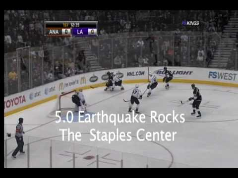 An Earthquake Rocks The Staples Center During The La Kings Hockey