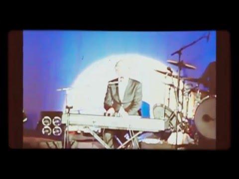 Tim Finn - 2006 Live In Te Awamutu
