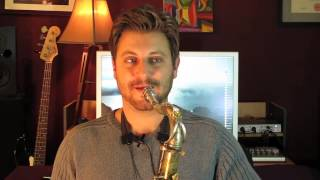 What Is the Difference Between a Soprano & a Tenor Sax?