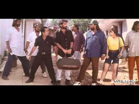 Anaganaga Oka Roju Movie Scenes - Goons Chasing Brahmanandam, J D Chakravarthy & Urmila