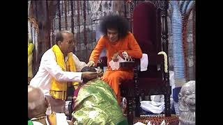 Sri Sathya Sai Baba Rare Video