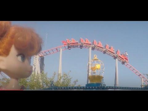 Theme park fun! Elsa and Anna toddlers have fun & enjoy the amusement rides- afraid of thrill rides