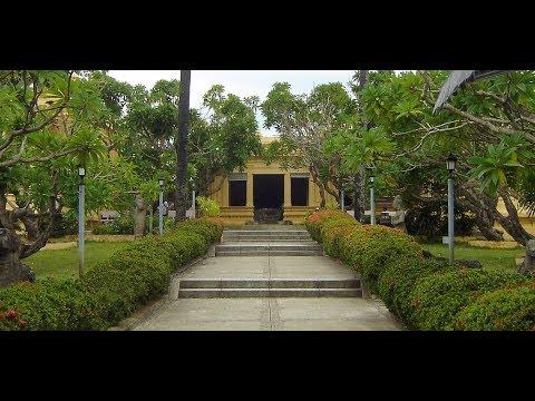 Hai Van Passage, Hoi An, My Son Sanctuary and Cham Museum-Danang  -  Vietnam