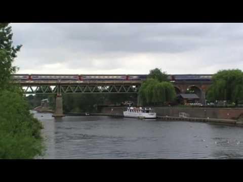 First Great Western Train Crossing Worcester River Severn Railway Bridge & Viaduct 13th June 2010