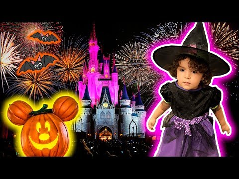 HALLOWEEN NA DISNEY COM LAURA E MARCOS - Magic Kingdom Orlando