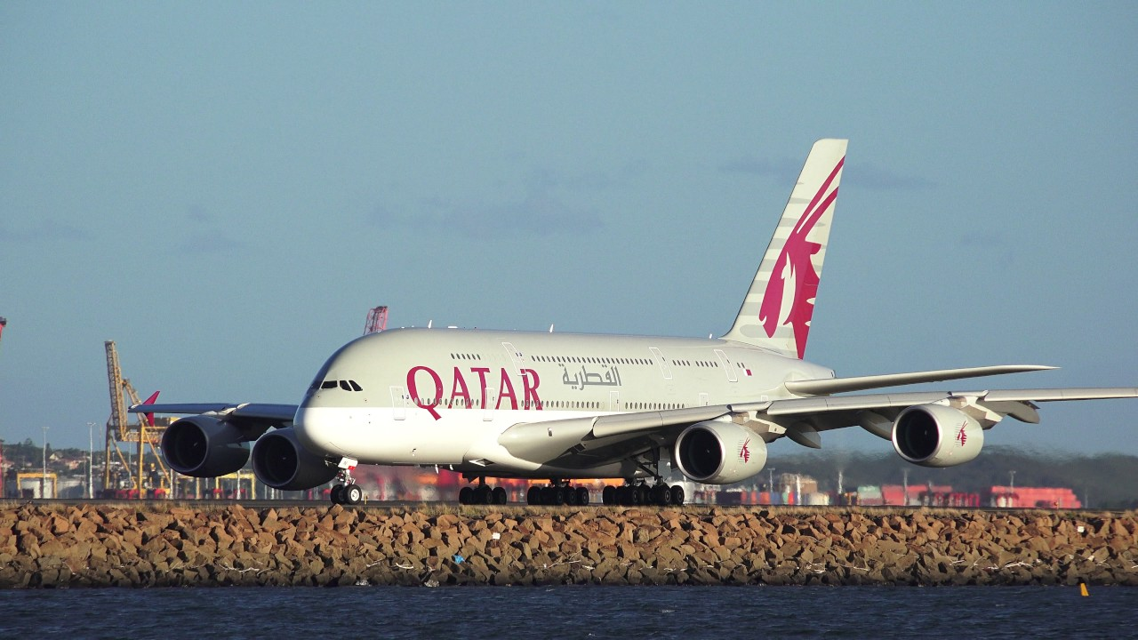 Qatar Airways A380 800 Taxing In Sydney Airport 4k