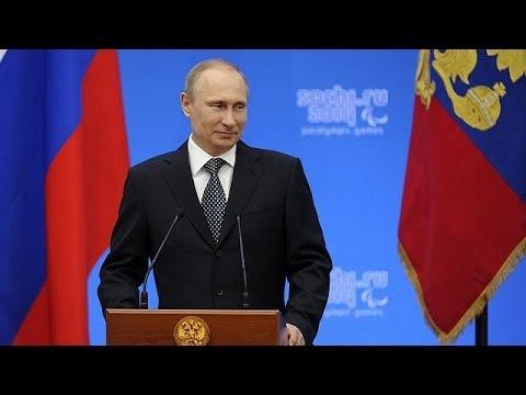 Vladimir Poutine reconnaît la Crimée comme un État souverain