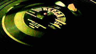Ernest Tubb - Rainbow at Midnight - 45 rpm country YouTube Videos