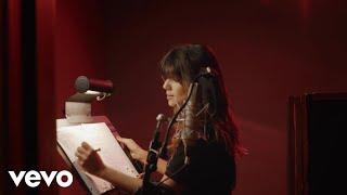 Смотреть клип Paula Fernandes - Hora Certa