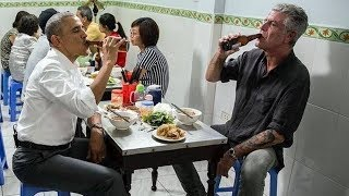 Pernah Digunakan Obama, Netter Kaget Lihat Kondisi Meja di Warung Makan Ini Setelah 2 Tahun