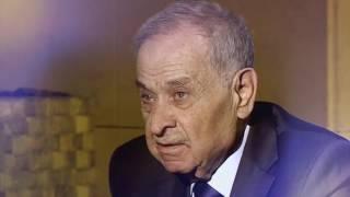 شاعر الضفتين حيدر محمود.. في