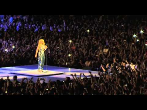 L'ovation pour Rihanna à la fin de son concert au Stade de France