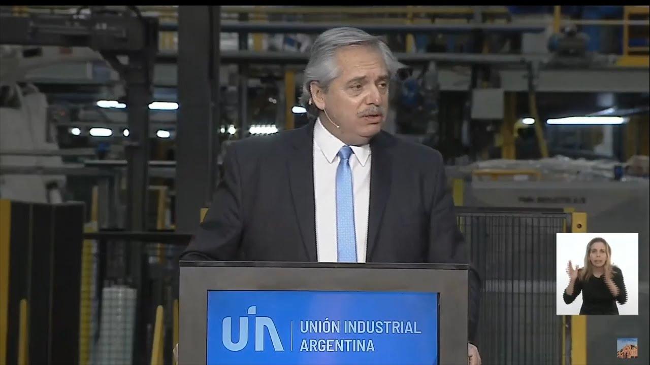 """El Gobierno anunció medidas para la industria y dijo que el sector es """"central"""" para la recuperación"""