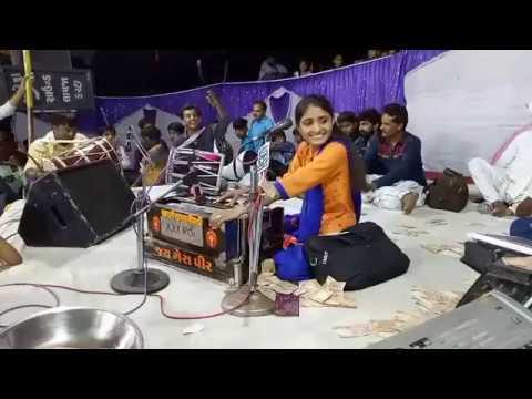 Sonu Tane Mara par Bharoso nai Ke | Geeta Rabari | Live at Bhachau - Kutch