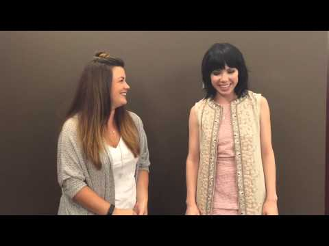 Falen interviews Carly Rae Jepsen at Mall of America!