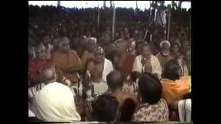 05 Endharo Mahanubhavulu   Sri  139th Thyagaraja Aradhana   1986