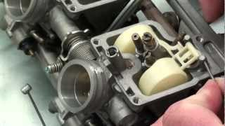 Pt.8 1998 Honda GL1500C Valkyrie Project  How To Reassemble And Sync The Carbs