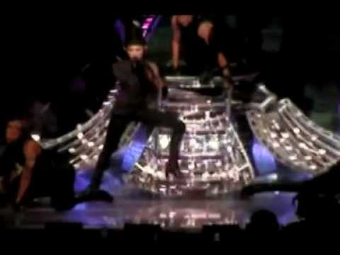 MADONNA - CONFESSIONS TOUR 2006 (MIAMI 22.07.2006) INTRO & 1ST ACT
