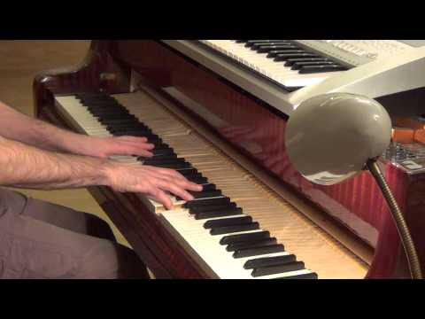 Pitbull Enrique Iglesias - Tchu Tchu Tcha piano & keyboard synth cover by LiveDjFlo