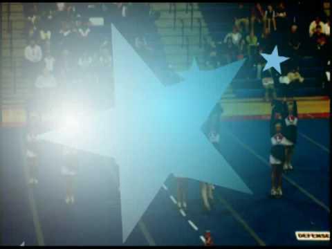 Lynn Alabama senior cheerleaders