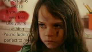 P Nk Fuckin 39 Perfect lyrics on screen.mp3
